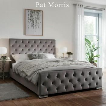 Pat Morris 200 x 140 x 120 cm